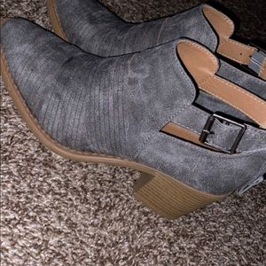 Brand new gray ankle boots